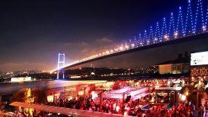 گردش شبانه در اورتاکوی استانبول